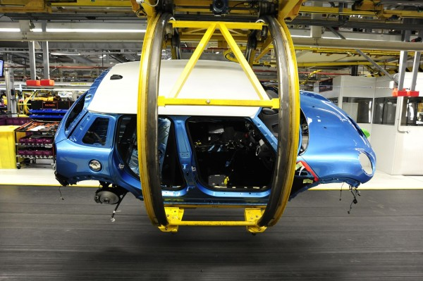 The new 5 Door model commences at Plant Oxford     (IMG: MINI)