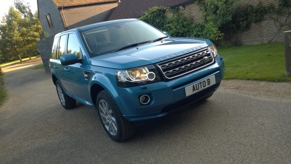 The Freelander 2 has been with us for a few years now but still ticks the boxes for loyal customers of the brand and for those in the market for a premium soft roader - and still very capable in all areas too!