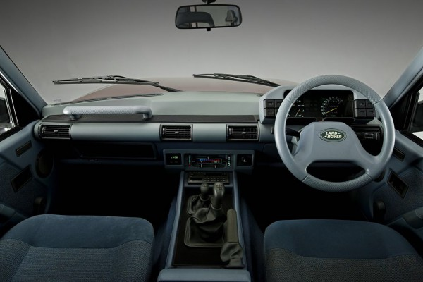 a world away from the current Discovery - The Rover Group used every available part from Metro to 800 series in the interior of this, the original Conran styled Series 1 Discovery of 1989.