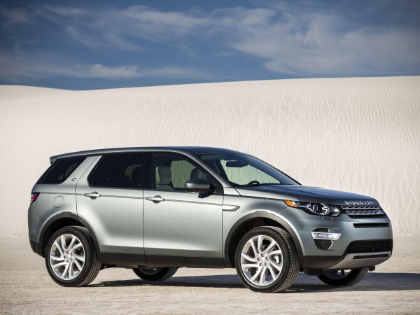 Land Rovers all new Discovery Sport has scored 5 stars with EuroNCAP