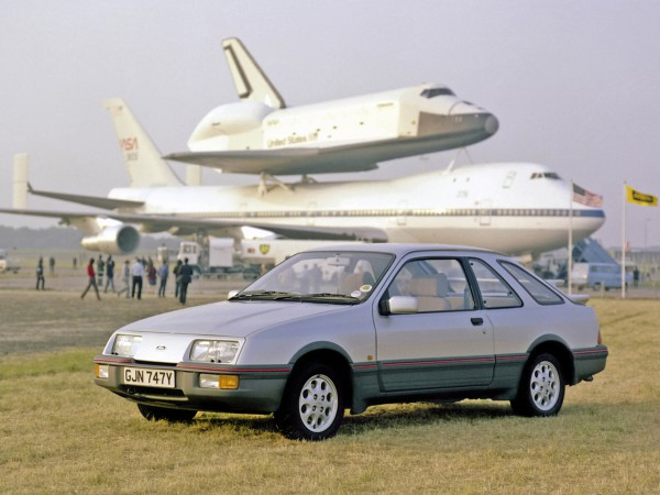 autowp.ru_ford_sierra_xr4i_3-door_hatchback_uk-spec_1