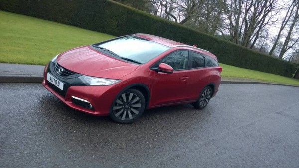 The £25.560 Honda Civic Tourer 1.6 i-DTEC SR.