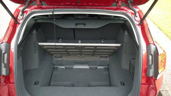 The cargo bay is well thought out and truly massive. Clever suspension design and the fuel tank mounted up front means you have well over 1600 litres of loadspace and a bery flat floor.