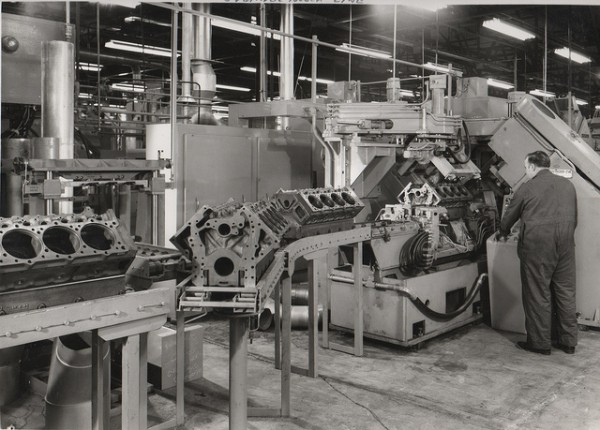 Early Darlington days: This shot from around 1971 show V8-504 engine blocks on the assembly line. Image: Chuck Rutland