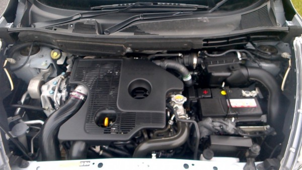 The Nissan Renault MR16 engine goes like a bullet and is ecologically friendly while still punching out almost 220Ps. Its refined for most of the time but the torque drops pff very quickly. RS has this engine cover that other Jukes don't benefit from - it makes the underbonnet view look more finished.