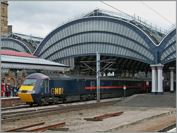 The mid `90s brought privatisation as can be seen here at York with this Great North Eastern HST set.