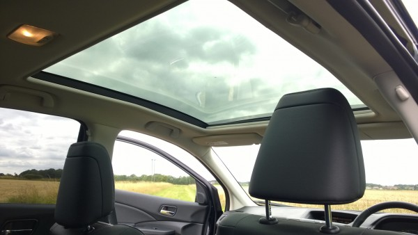 "This top of the range ""EX"" model features lavish features such as electric adjusting leather seats with heating and memory position setting function and this huge panoramic roof with electric sunblind."